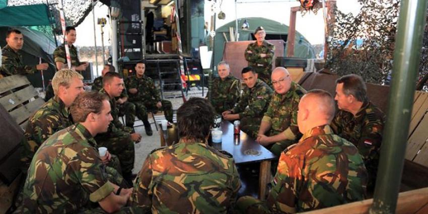 Militairen krijgen kerstbezoek van commandanten | Min. Defensie