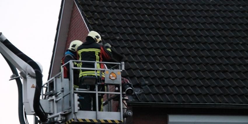 Foto van dakbrand in Delfzijl | MV