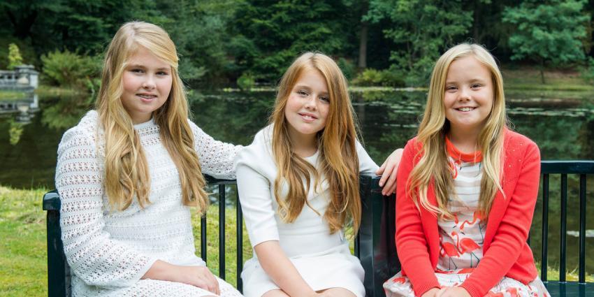 Prinsesjes stralen op nieuwe foto's
