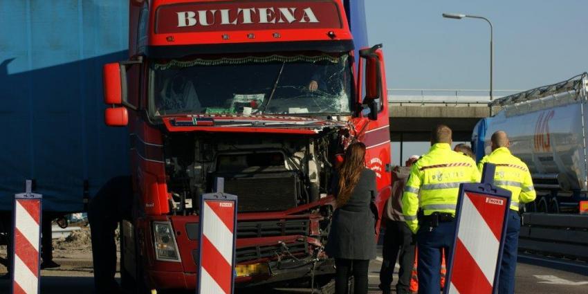 Foto van aanrijding Zuidbroek | DG fotografie | www.denniegaasendam.nl