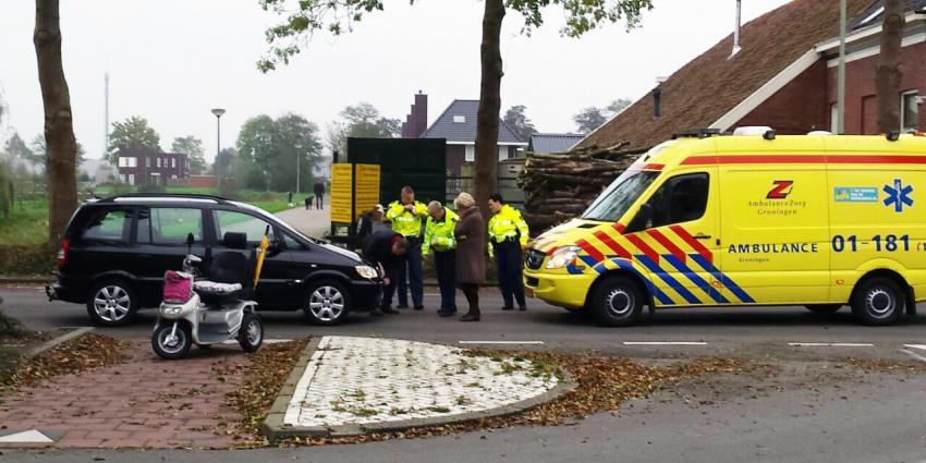 Aanrijding tussen scootmobiel en auto in Veendam
