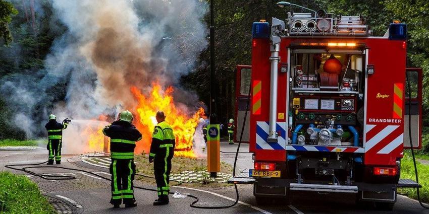 Bestelbus volledig uitgebrand in Oisterwijk