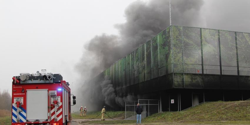 Hevige rookontwikkeling bij brand in parkeergarage Schiedam