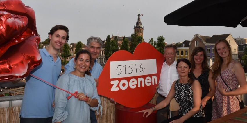 Bezoekers Vierdaagse doneren 51.546 zoenen aan ziek kind