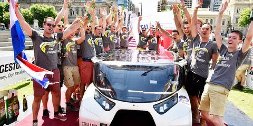 Solar Team Eindhoven wint goud met gezinsauto's op zonne-energie