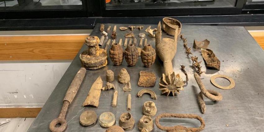 munitie en bommen uit bagage