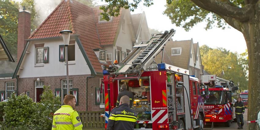 Bewoners uit Veendam op het nippertje ontkomen aan brand