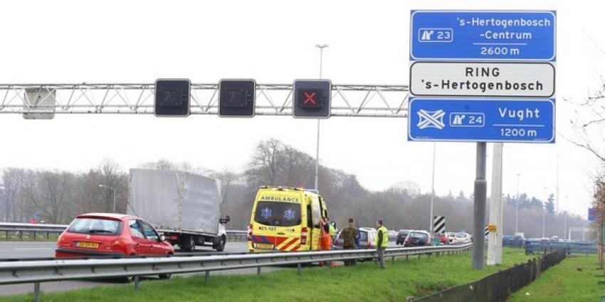 Flinke vertraging op A2 tussen Boxtel en Vught door ongeval