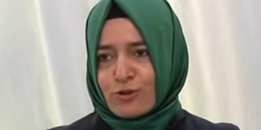 Turkse minister zegt onmenselijk te zijn behandeld door Nederlandse politie