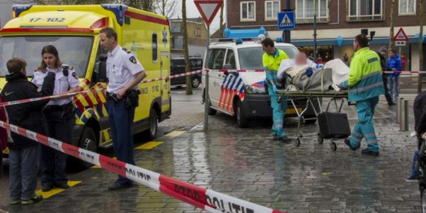 Man gewond door bijl | Flashphoto | www.flashphoto.nl