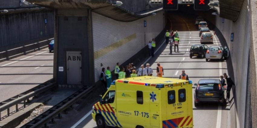 Foto ongeval Beneluxtunnel | Flashphoto | www.flashphoto.nl