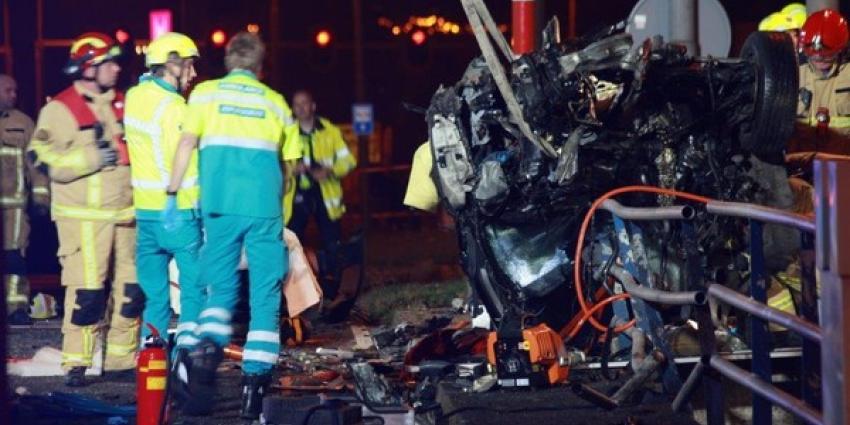 Zeker één dode bij zeer ernstig ongeval in Aalsmeer