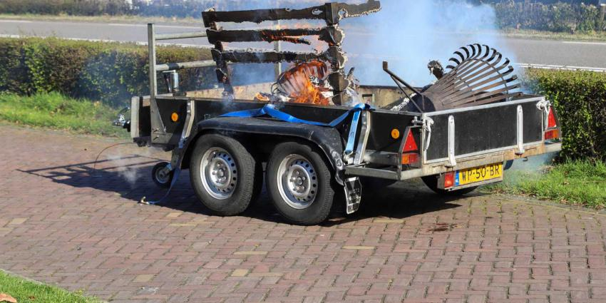 aanhangwagen-vuurkorven-brand