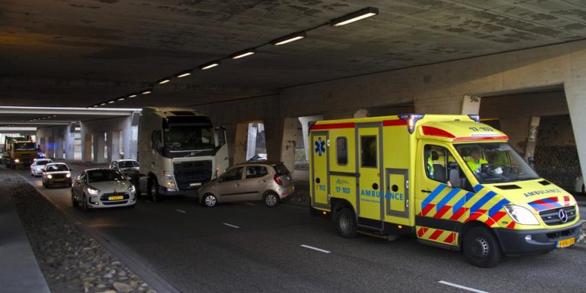 Verkeerschaos na aanrijding Schiedam