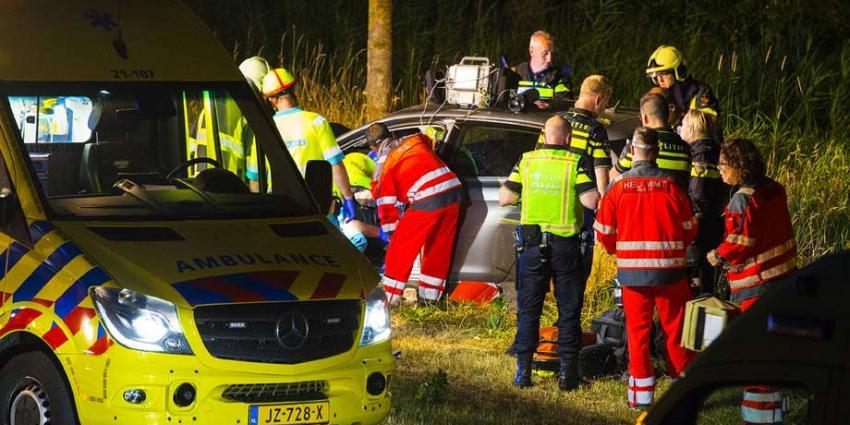 Gewonde bij botsing tegen boom in Schijndel