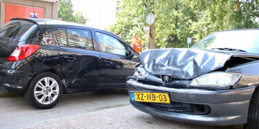 Flinke aanrijding op berucht kruispunt Schiedam