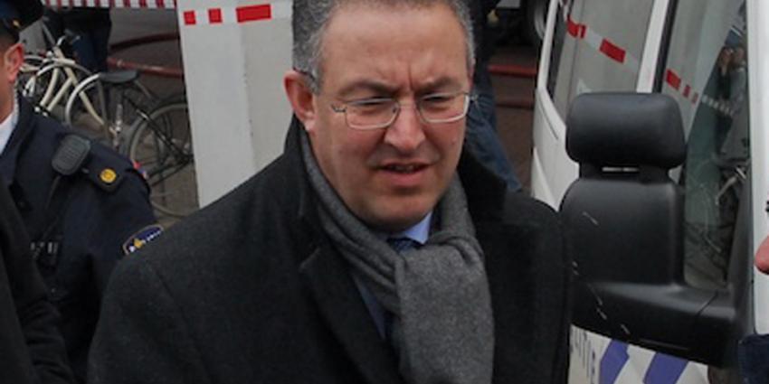 Rotterdam open jacht op raddraaiers bij Turkse consulaat