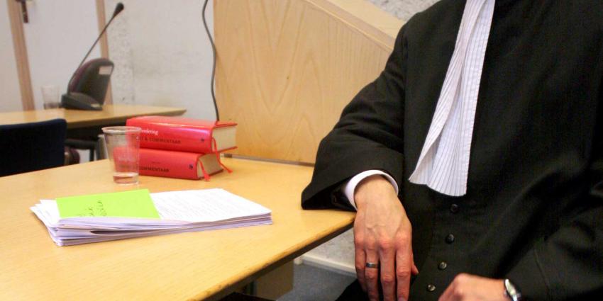 Celstraf en beroepsverbod geëist tegen advocaat voor vervalsen documenten