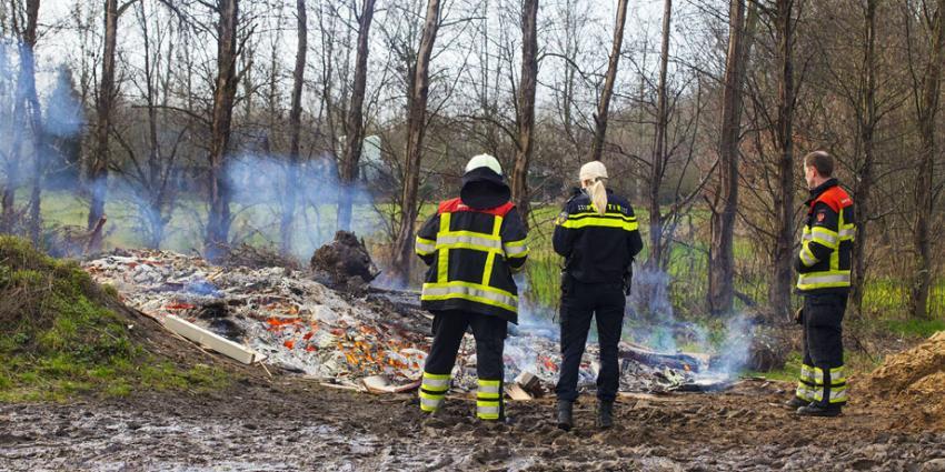 Man bekeurd voor verbranding afval