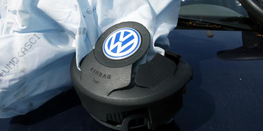 Politie waarschuwt voor toename autoinbraken