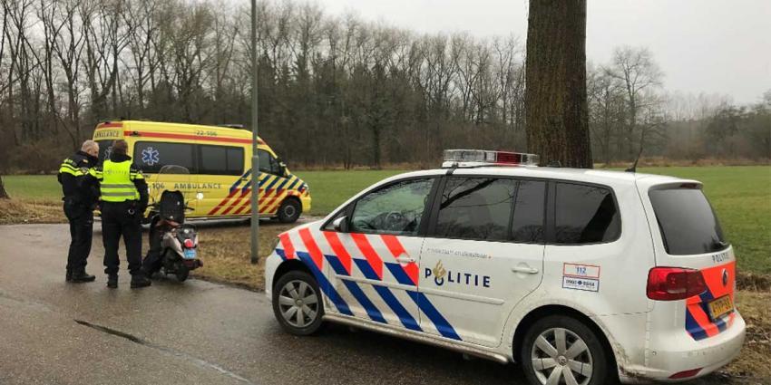 Verkeersongeval met bromfiets Bestseweg Liempde