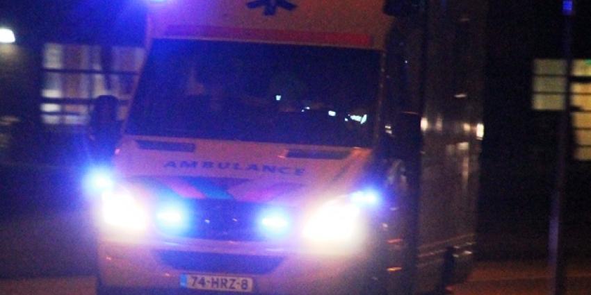 Man gewond aangetroffen in Tweede van der Helststraat