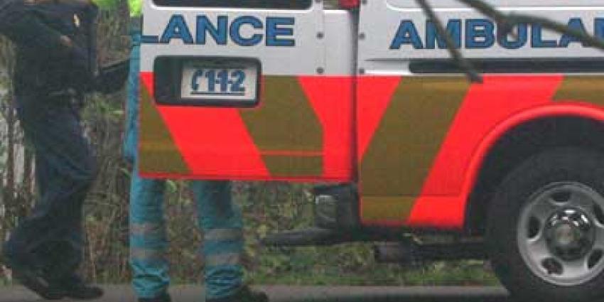 Foto van agent in ambulance | Archief EHF