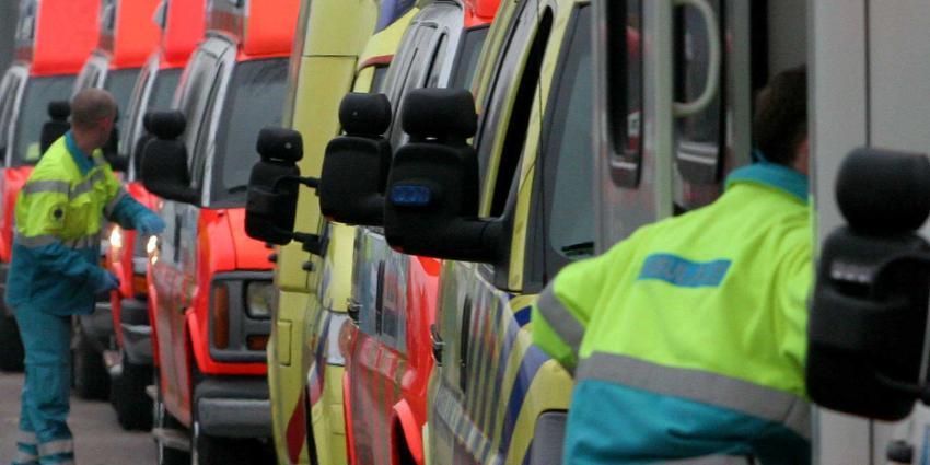 Actieplan ambulancezorg door minister Bruno Bruins ondertekend