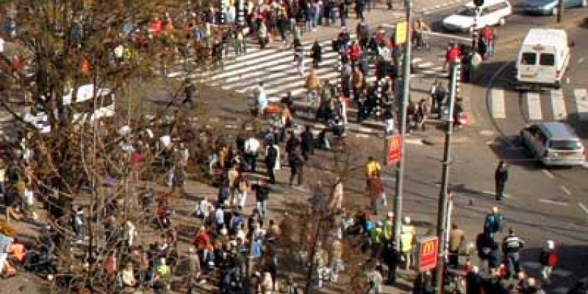 Fans Willem II komen naar Amsterdam voor tv-opname van Smeris