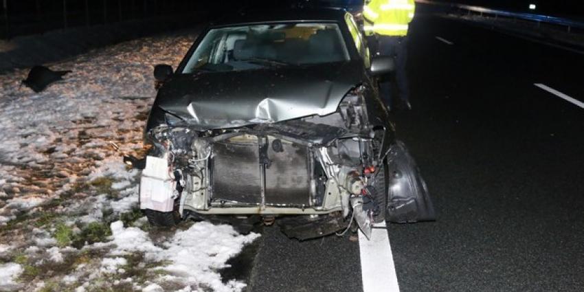 Automobilist gewond bij ongeval N33