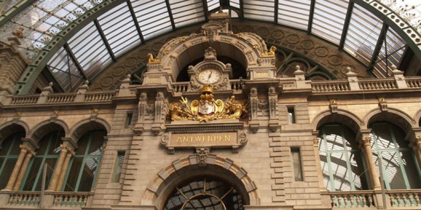 Veiligheidsdiensten in Antwerpen op scherp door dreigfilmpje