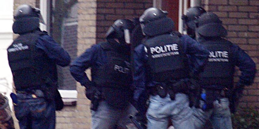 Foto van arrestatieteam schiet man neer | fbf