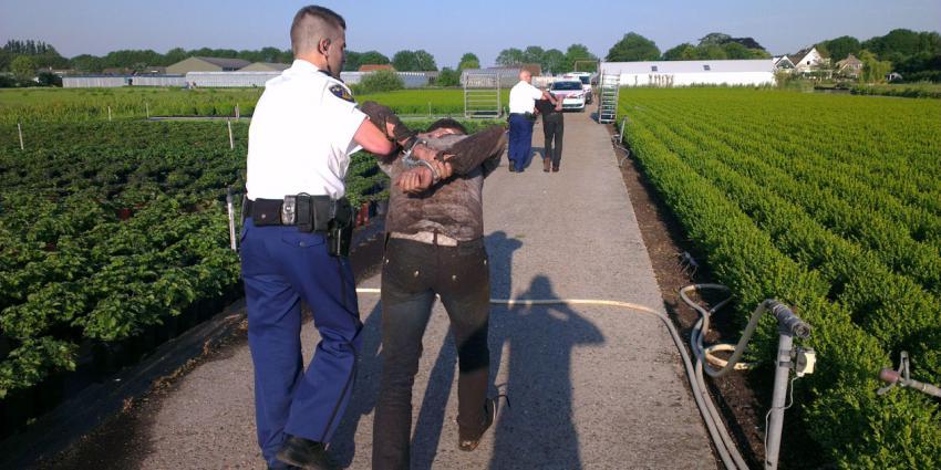 Inbrekers aangehouden na klopjacht in Amstelhoek