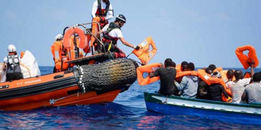 Reddingsschip Aquarius kan geredde migranten niet kwijt