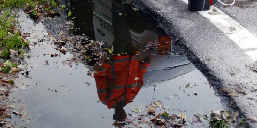 Wegen afgesloten door asbest na grote brand Nieuwegein