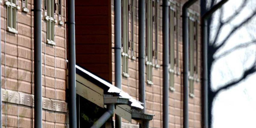 Beveiliger AZC Middelburg bedreigd, verdachte aangehouden