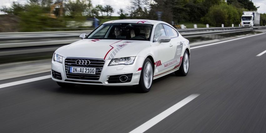 Ook Audi start met testen van zelfrijdende auto's