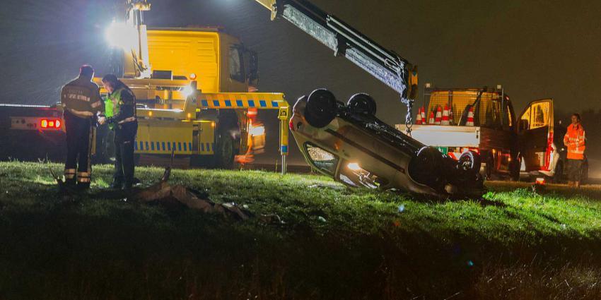 Auto in sloot terechtgekomen bij A7 ter hoogte van Harkstede