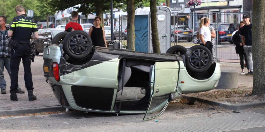 auto-ondersteboven-parkeervak