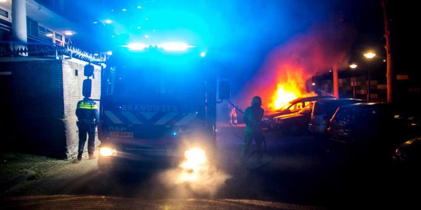 Weer personenauto uitgebrand in Vlaardingen