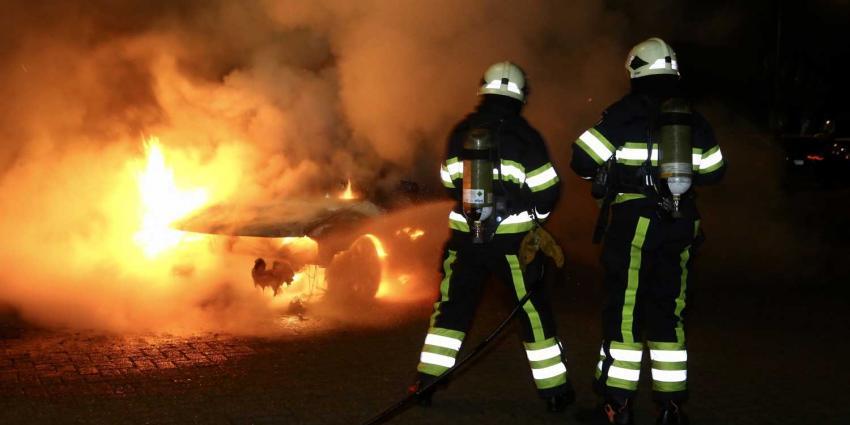 drie auto's, brand, heerhugowaard