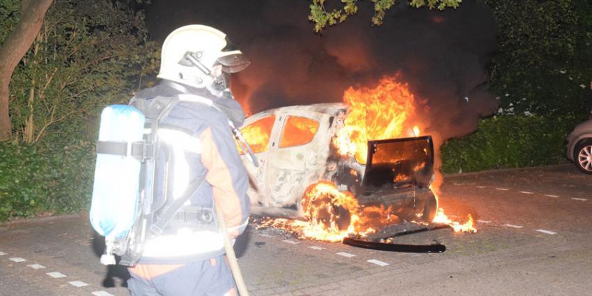 Opnieuw auto in vlammen op in Hoogeveen