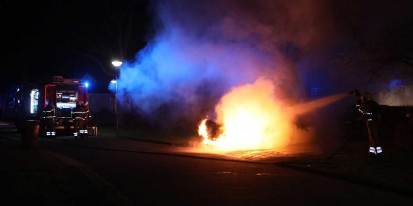 autobrand-zwaailicht-brandweer