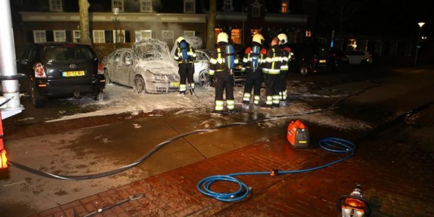 Twee auto's uitgebrand in Oirschot