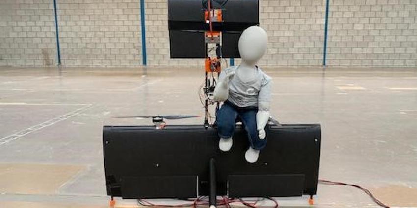 TU Delft studenten demonstreren prototype persoonlijk vliegtuig met een live test vlucht