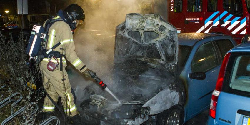 Meerdere auto's mogelijk in brand gestoken in Gouda