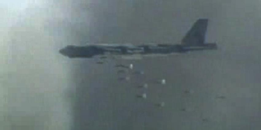 Foto van B-52 bommenwerper   US-Airforce