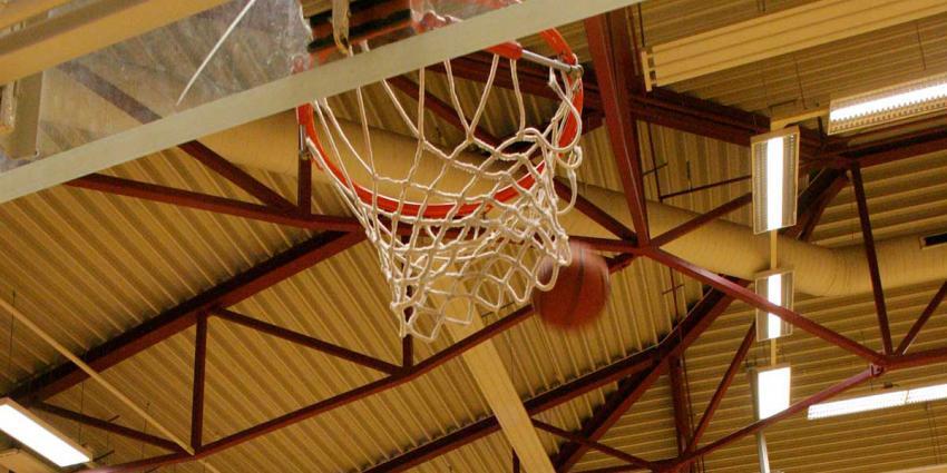 Basketbalcoach krijgt 3,5 jaar cel en tbs voor seksueel misbruik pupillen