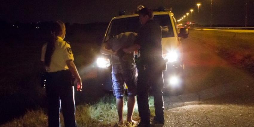 Betrapte inbreker gewond na panieksprong door ruit