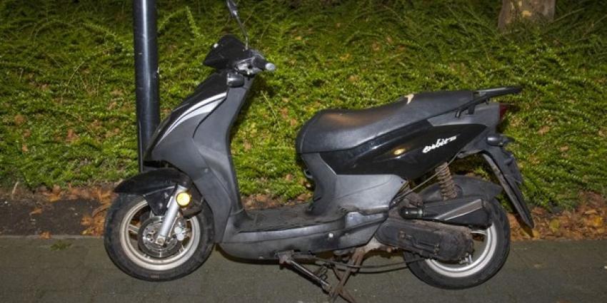 Lekkende scooter zorgt voor overlast